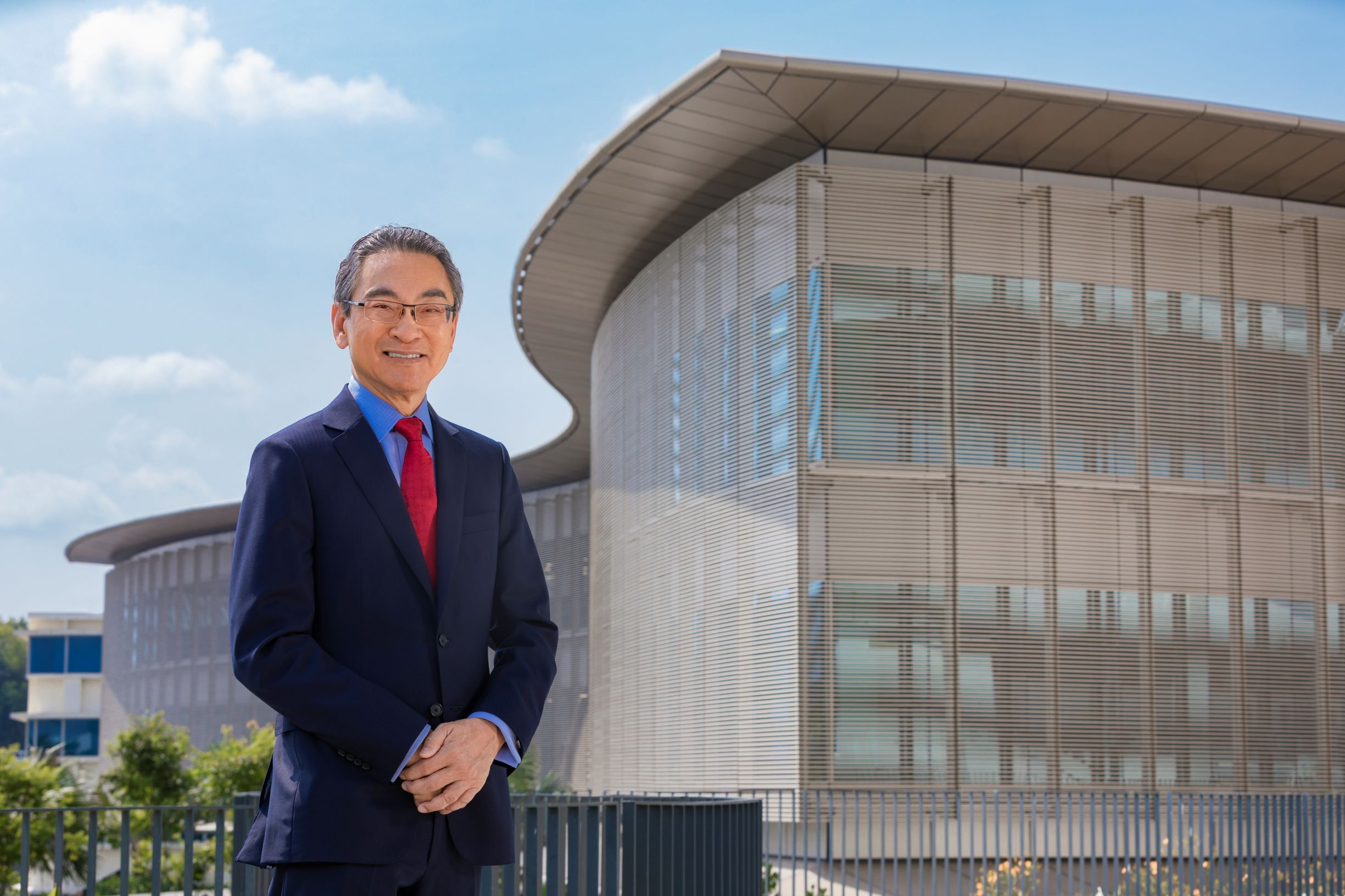 He also pushed for administrative reforms of the University to create more efficient and advanced administration systems to support NTU's growth.