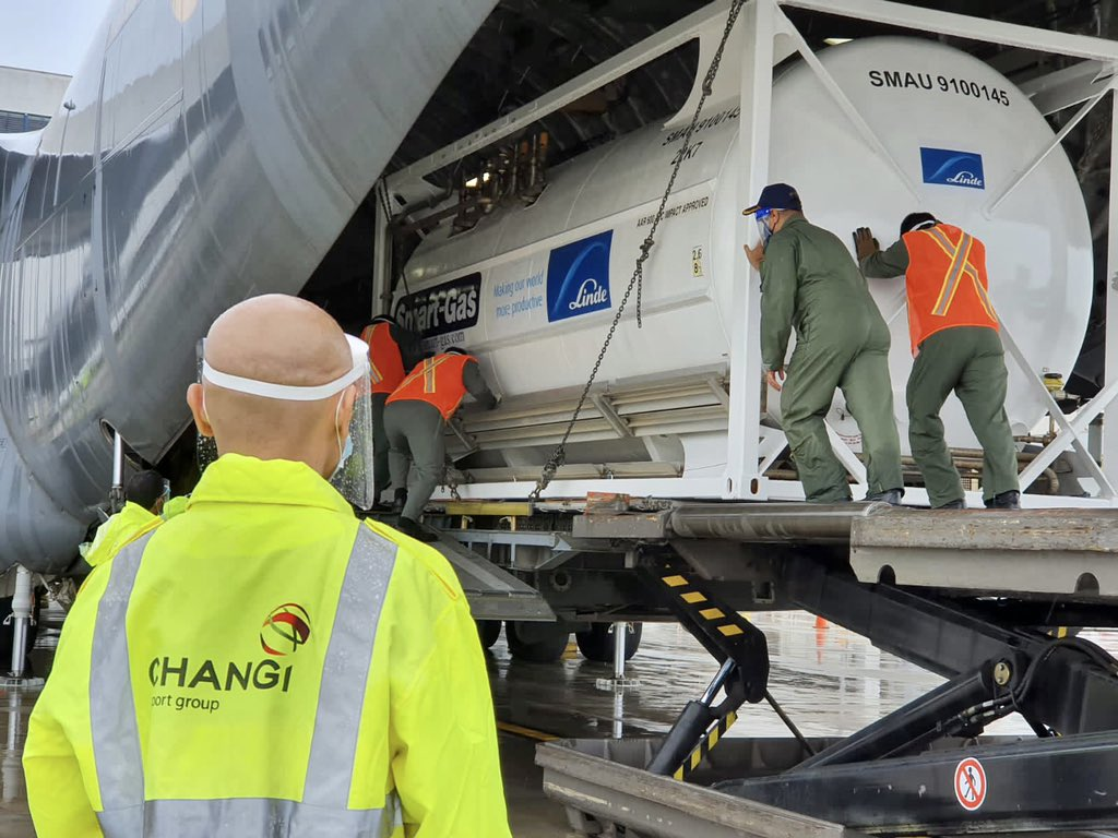 Transport plane picking up 4 cryogenic oxygen containers at Changi Airport in Singapore. Photo Courtesy: @SGinIndia