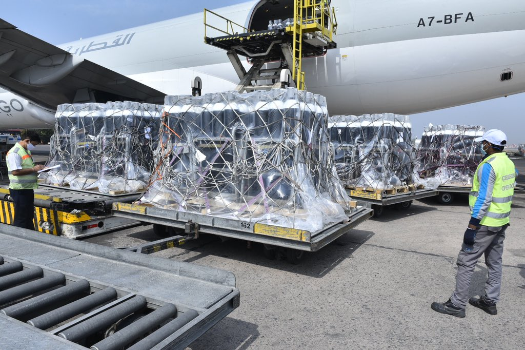 1350 oxygen cylinders from the United Kingdom, part of their contribution of 5000 oxygen cylinders. Photo courtesy: MEA