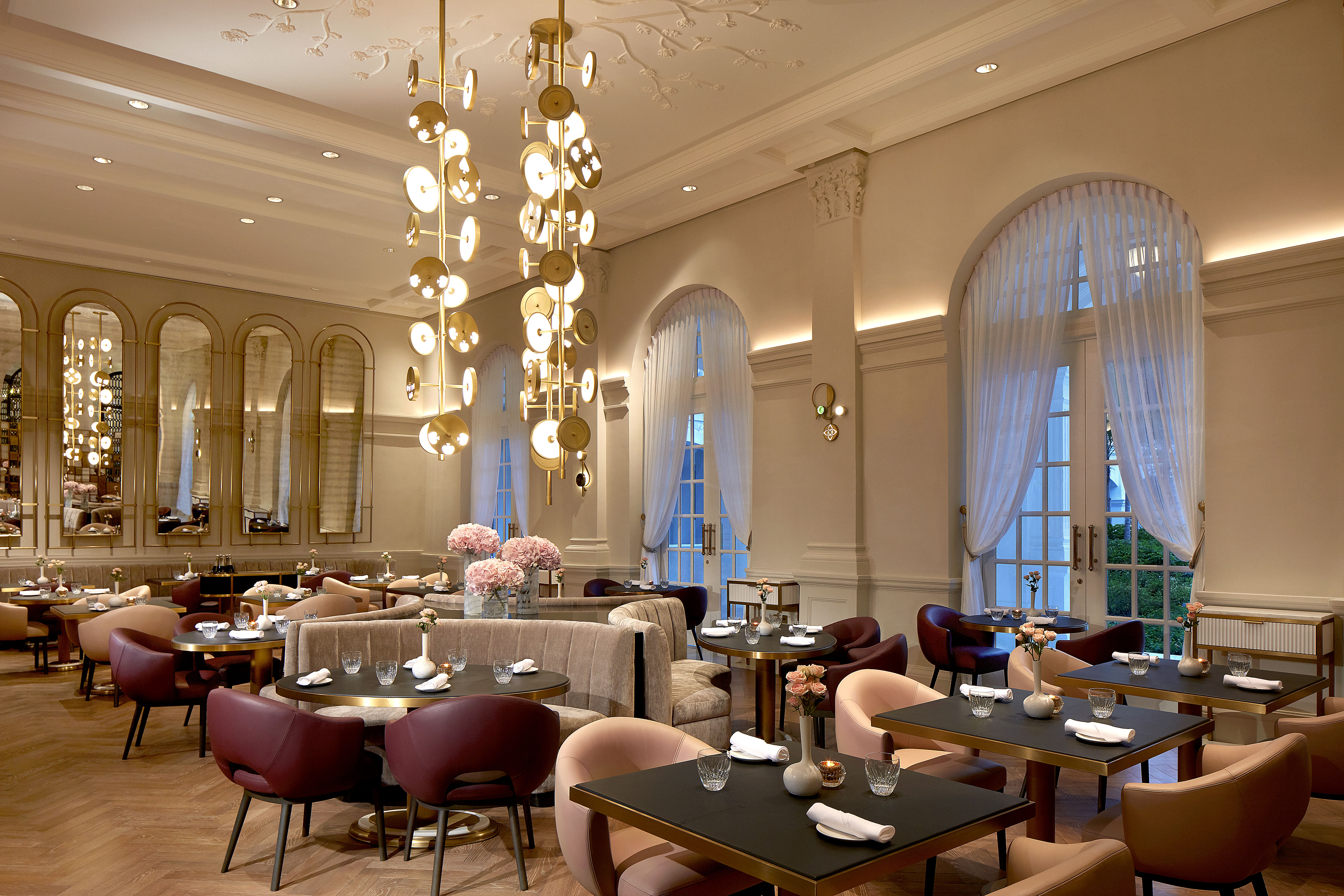 These 6-course Elegance and a 5-course Experience menus are available for lunch and dinner at La Dame de Pic.