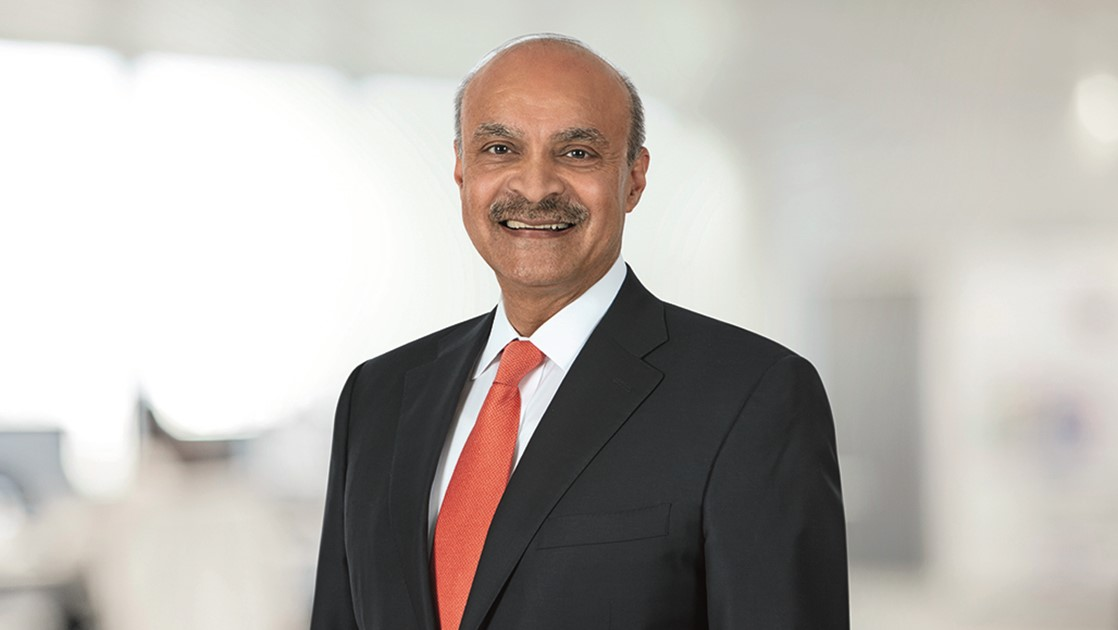 has 33 years of experience at Unilever, where his last role was president of the Global Foods, Home and Personal Care businesses, and on the Unilever Executive Board.