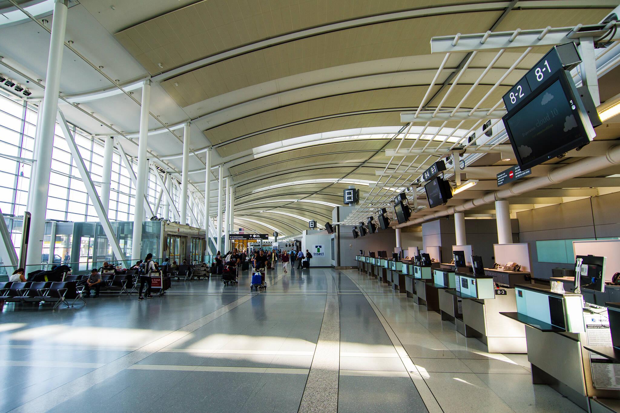 Pre-pandemic, Mumbai-Dubai return fare began at INR 26,000 (AED 1,298) for a round trip.