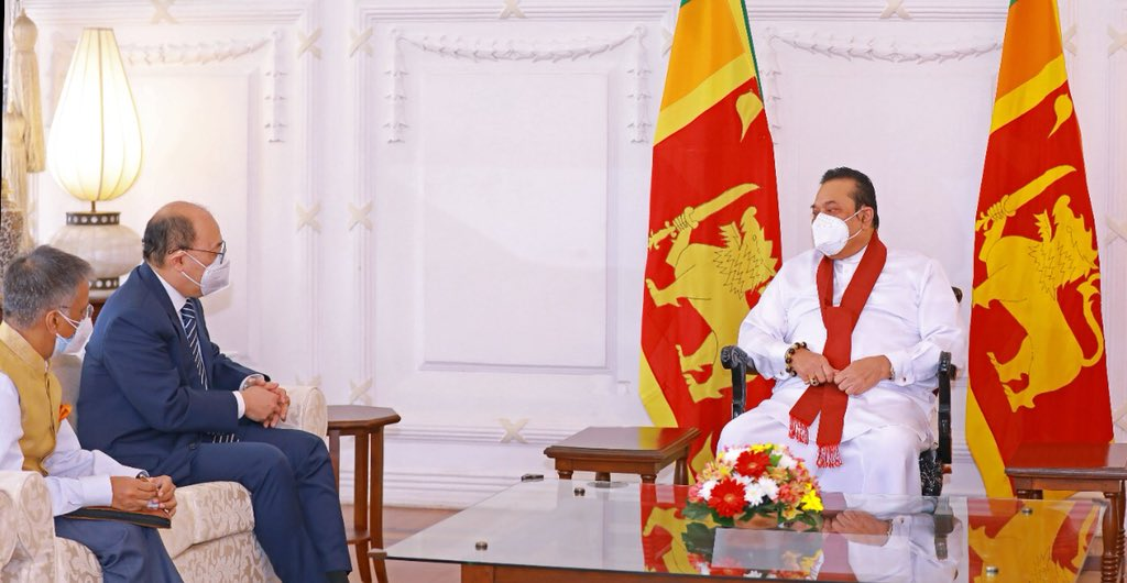 Indian Foreign Secretary, Harsh Vardhan Shringla, the Sri Lankan President Mahinda Rajapaksa